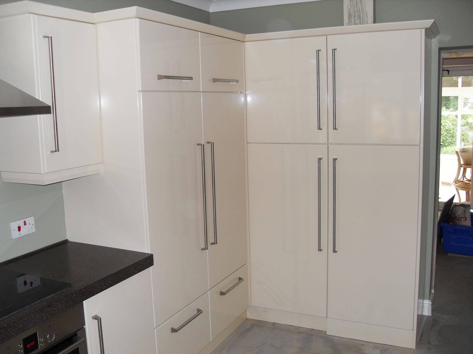 Custom modern kitchen design west yorkshire brownleys for Kitchen design yorkshire